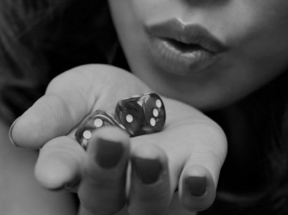 593113-blowing-dice1